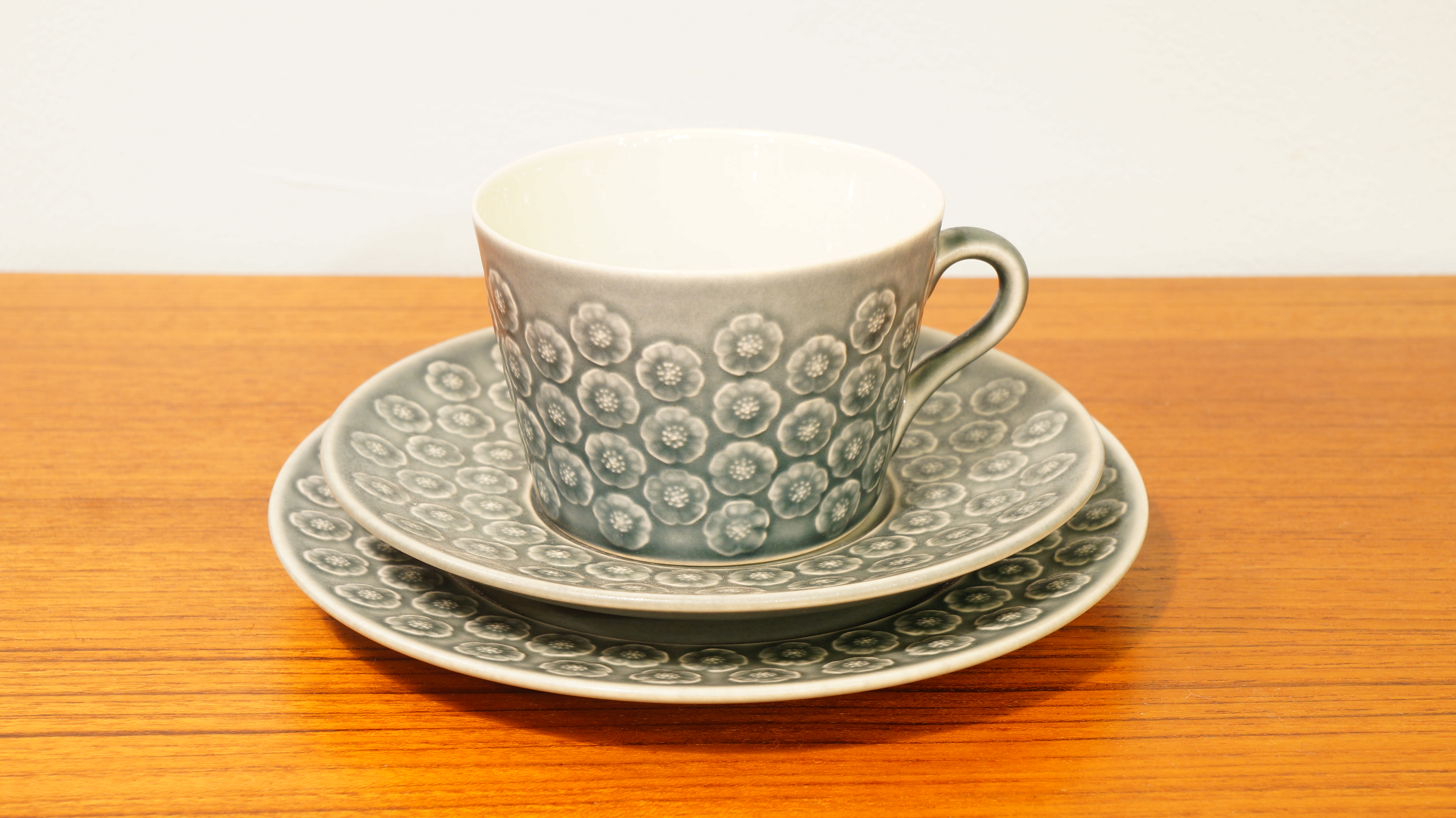 """Kronjyden """"Bla Azur Trio set""""cup&saucer,plate/クロニーデン """"ブルー アズール トリオセット""""カップ&ソーサー"""