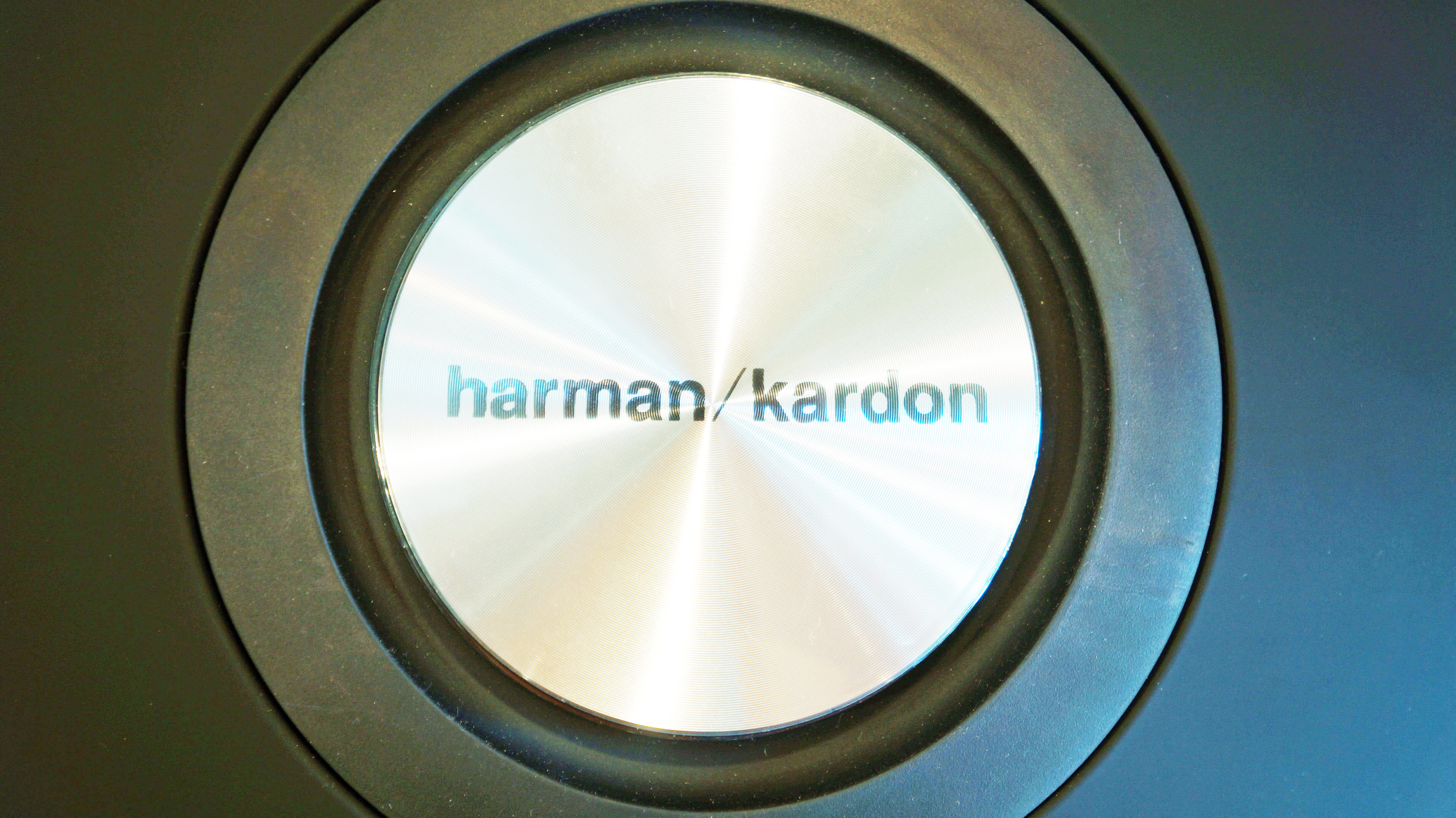 HARMAN/KARDON ONYX STUDIO