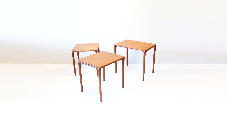 DANISH VINTAGE NEST TABLE / ネストテーブル デンマーク ビンテージ