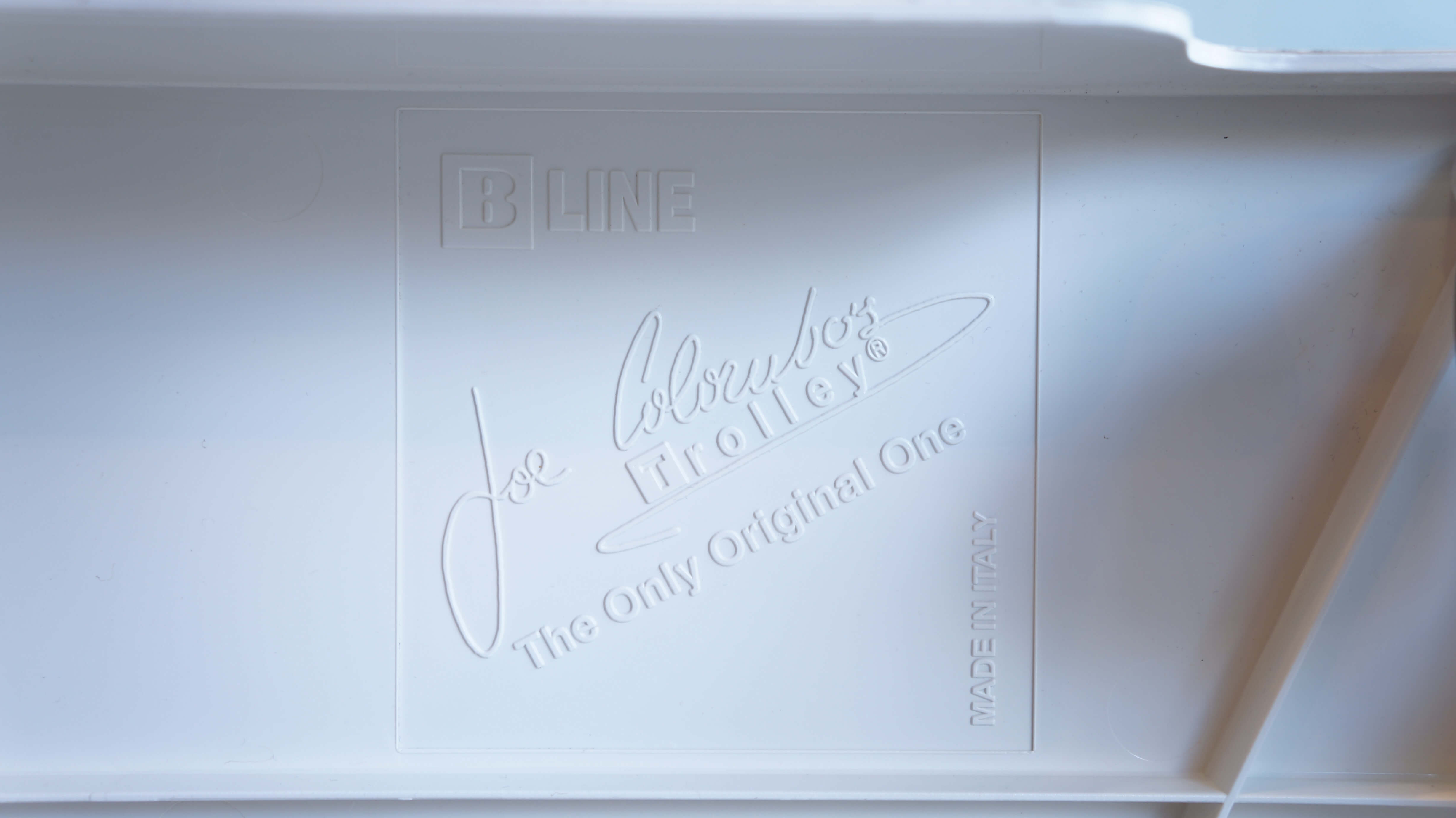 B-LINE BOBY WAGON White Color made in Italy Design by Joe Colombo / ビーライン ボビーワゴン イタリア製 ジョエ コロンボ デザイン ホワイト