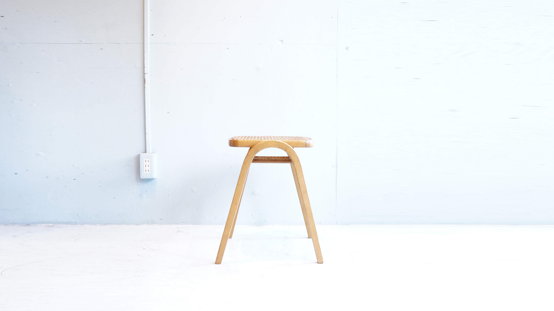 AKITA MOKKO STACKING STOOL NO.202 RATTAN SEAT / 秋田木工 剣持 勇 デザイン スタッキング スツール 202 籐製