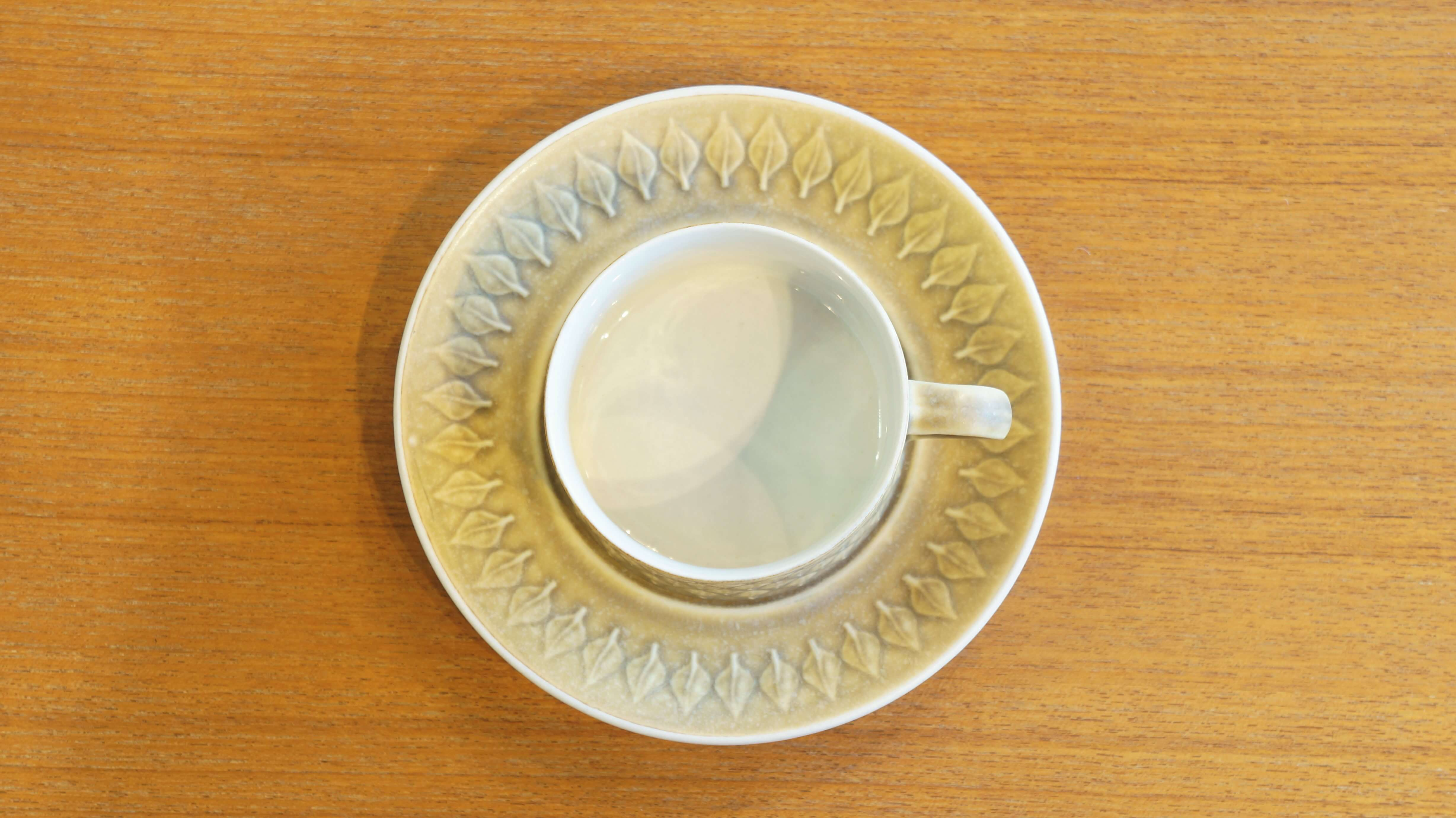 "Kronjyden ""relief"" teacup&saucer/クロニーデン ""レリーフ"" ティーカップ&ソーサー"