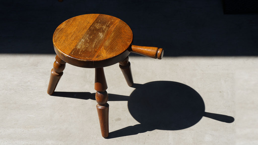 milkstool,stool,HIDA,飛騨産業,キツツキマーク,飛騨高山,ミルクスツール,スツール