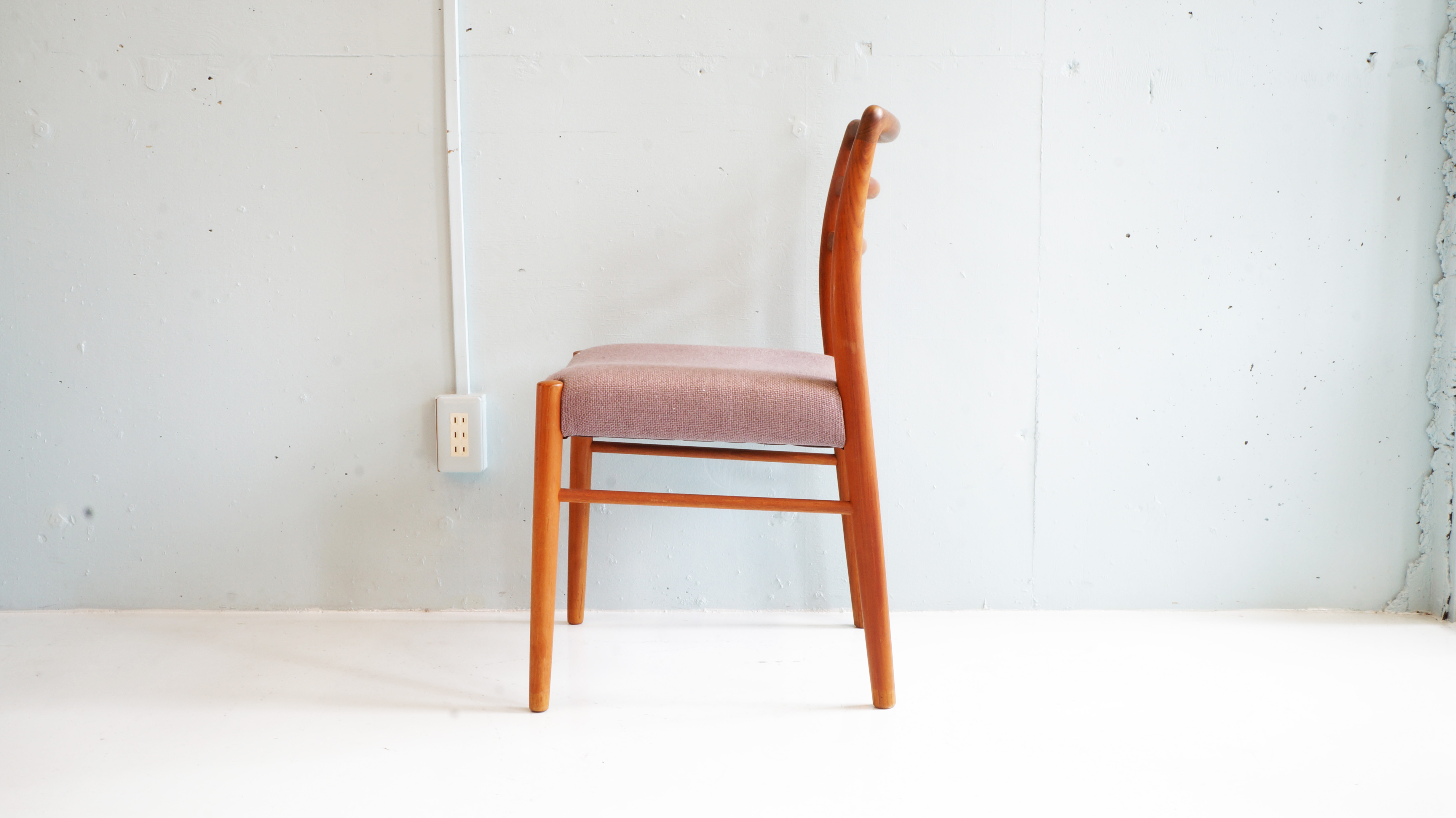ak Wood Dining Chair/ チーク材 ダイニングチェア
