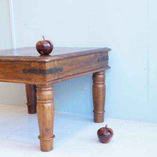 old maison Square Low Table / オールドメゾン スクエア ローテーブル