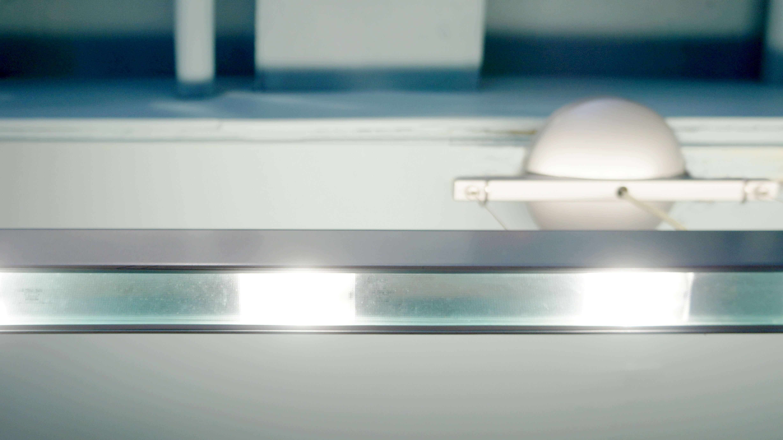 TK-LINEは、いままで家具や小物などのインテリア商品の延長でセレクトされていた 照明ではなく、上質な「光」そのものを楽しみ快適な住空間を創り上げるための新しい発想の照明として、開発されたシリーズです。天井面を照らすことで生まれる、 柔らかな光と食卓を照らす2種類の光により、上質なダイニング空間を演出します。本体にあるスイッチにより、上下の光を個別に点灯することもできます。LED600W使用参考上代 約11万円上質な照明をお探しの方は是非♪~【東京都杉並区阿佐ヶ谷北アンティークショップ 古一/ZACK高円寺店】 古一では出張無料買取も行っております。杉並区周辺はもちろん、世田谷区・目黒区・武蔵野市・新宿区等の東京近郊のお見積もりも!ビンテージ家具・インテリア雑貨・ランプ・USED品・ リサイクルなら古一へ~,ユーズド, リサイクル,ふるいち,古市,フルイチ,used,furuichi