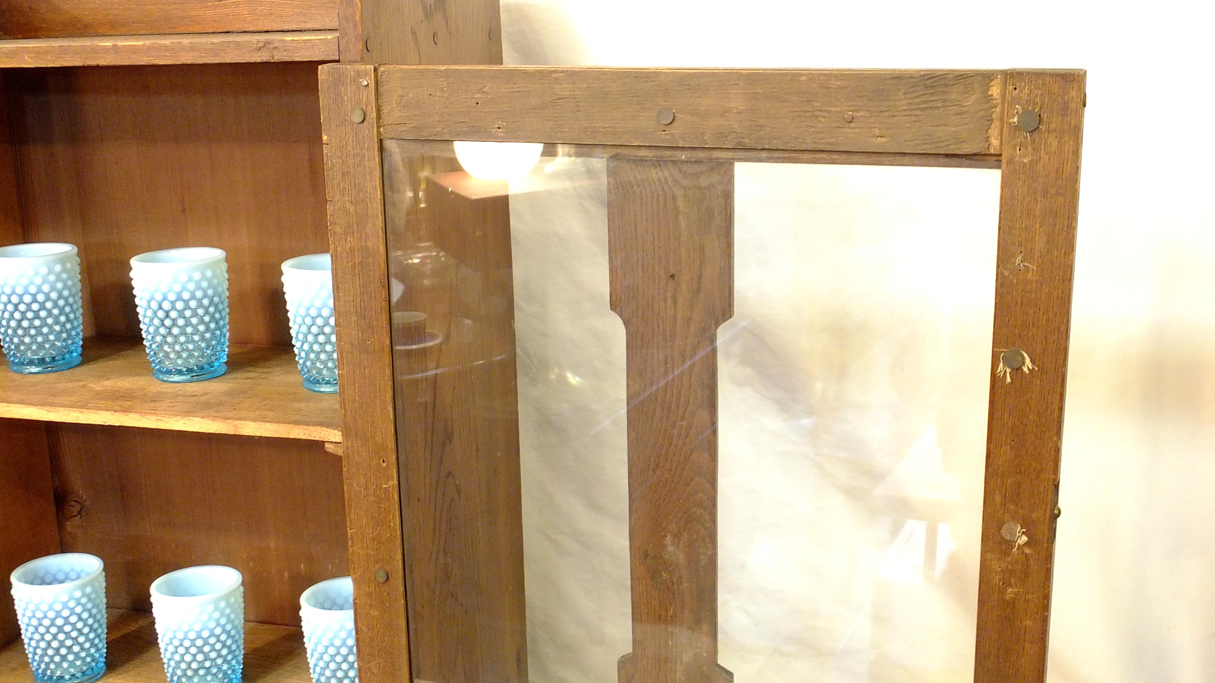 JAPAN VINTAGE GLASS CABINET RETRO STYLE / レトロ ガラスキャビネット シェルフ アンティークスタイル