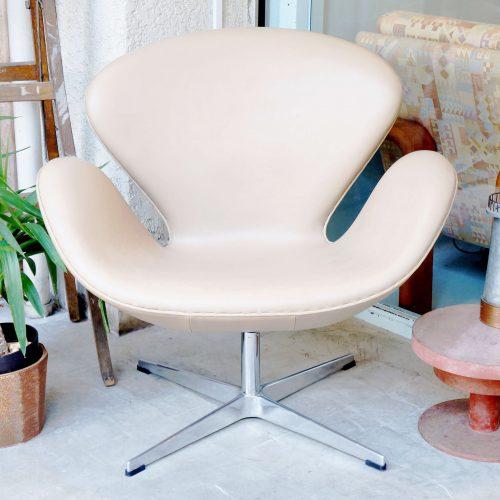 ARNE JACOBSEN SWAN Chair / アルネヤコブセン スワンチェア