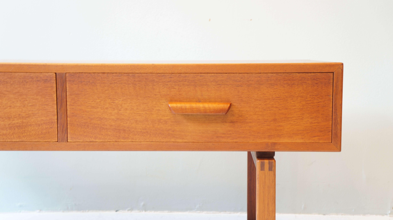 DANISH VINTAGE SIDE CHEST OF DRAWERS / デンマーク製 ビンテージ サイドチェスト ローボード チーク材