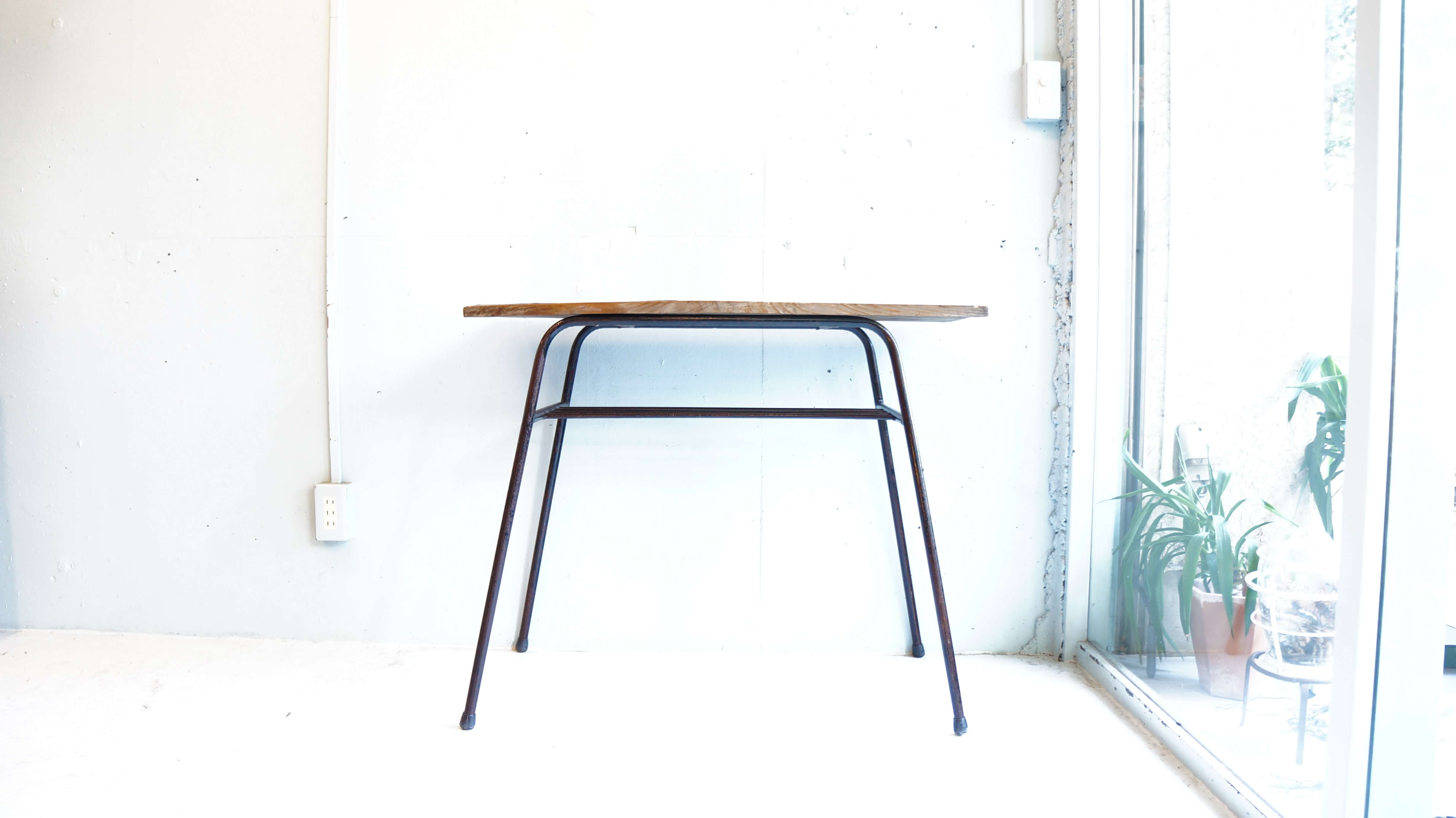 Old Materials Remike Table Iron legs / 古材 リメイク テーブル 鉄脚