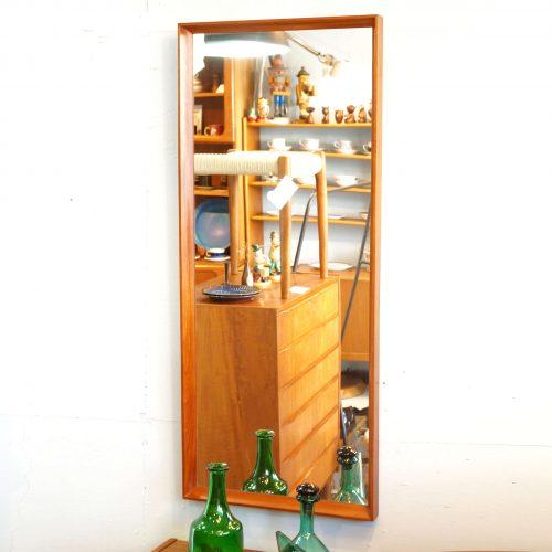 Danish Vintage Teak Frame Wall Mirror / 北欧 デンマーク ヴィンテージ チーク フレーム ミラー