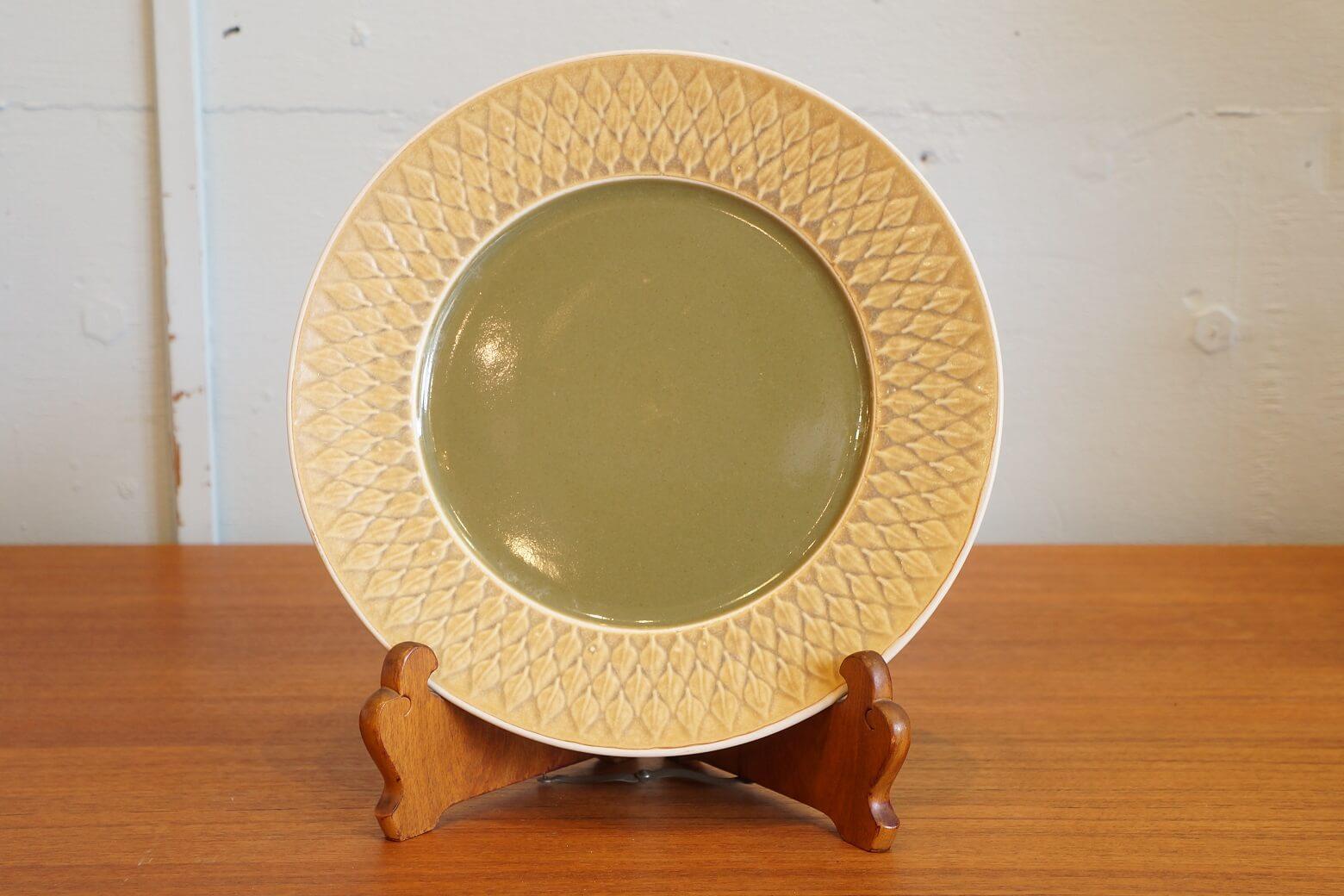 "Kronjyden ""relief"" dinner plate 25cm/クロニーデン ""レリーフ"" ディナープレート 25cm"