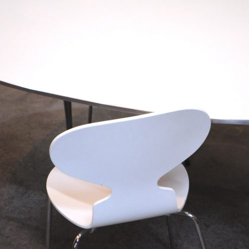 FRITZ HANSEN ANT CHAIR WHITE COLOR DESIGN BY Arne Emil Jacobsen / フリッツハンセン アント(アリンコ)チェア ホワイト アルネ ヤコブセン デザイン