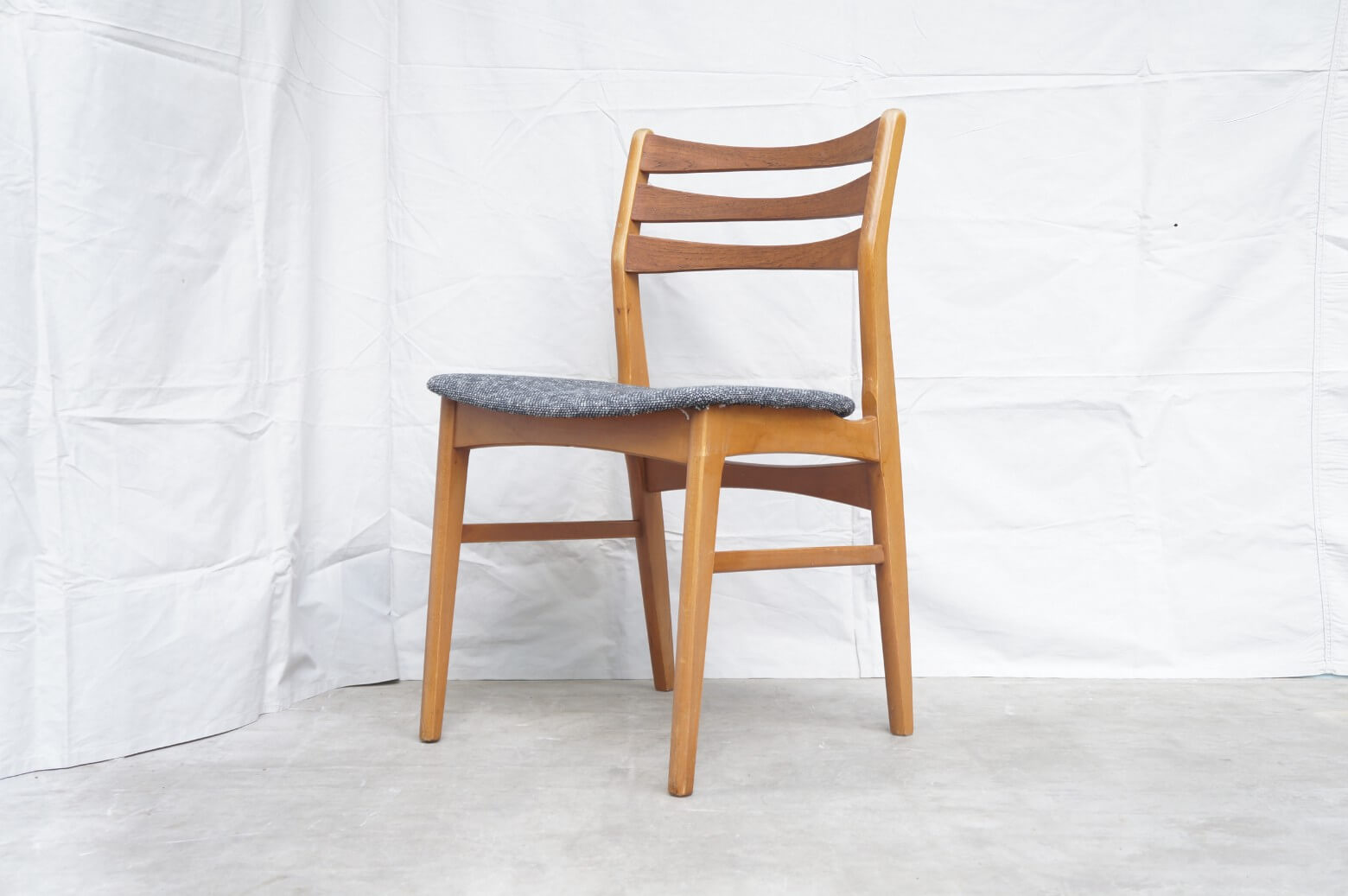 Faldsled & Mobelfabrik Dining Chair Made in Denmark REUPHOLSTERED / デンマーク製 ダイニングチェア 張替え済み