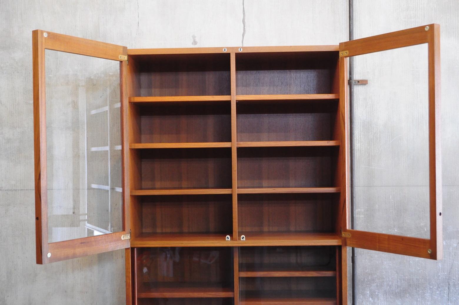 Vintage Teak Wood Cup Board Japan Made / 日本製 チーク材 飾り棚 カップボード 北欧スタイル