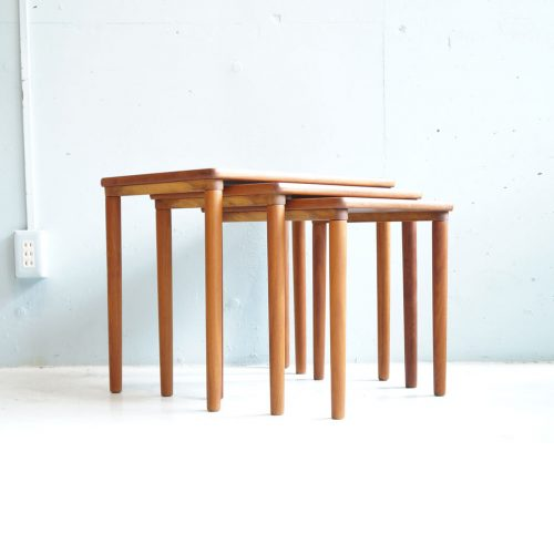 DANISH VINTAGE MOBELFABRIKKEN TOFTEN NEST TABLE Design by E. W. Bach / デンマーク ビンテージ ネストテーブル