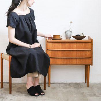 VINTAGE CLOTHING × VINTAGE FURNITURE