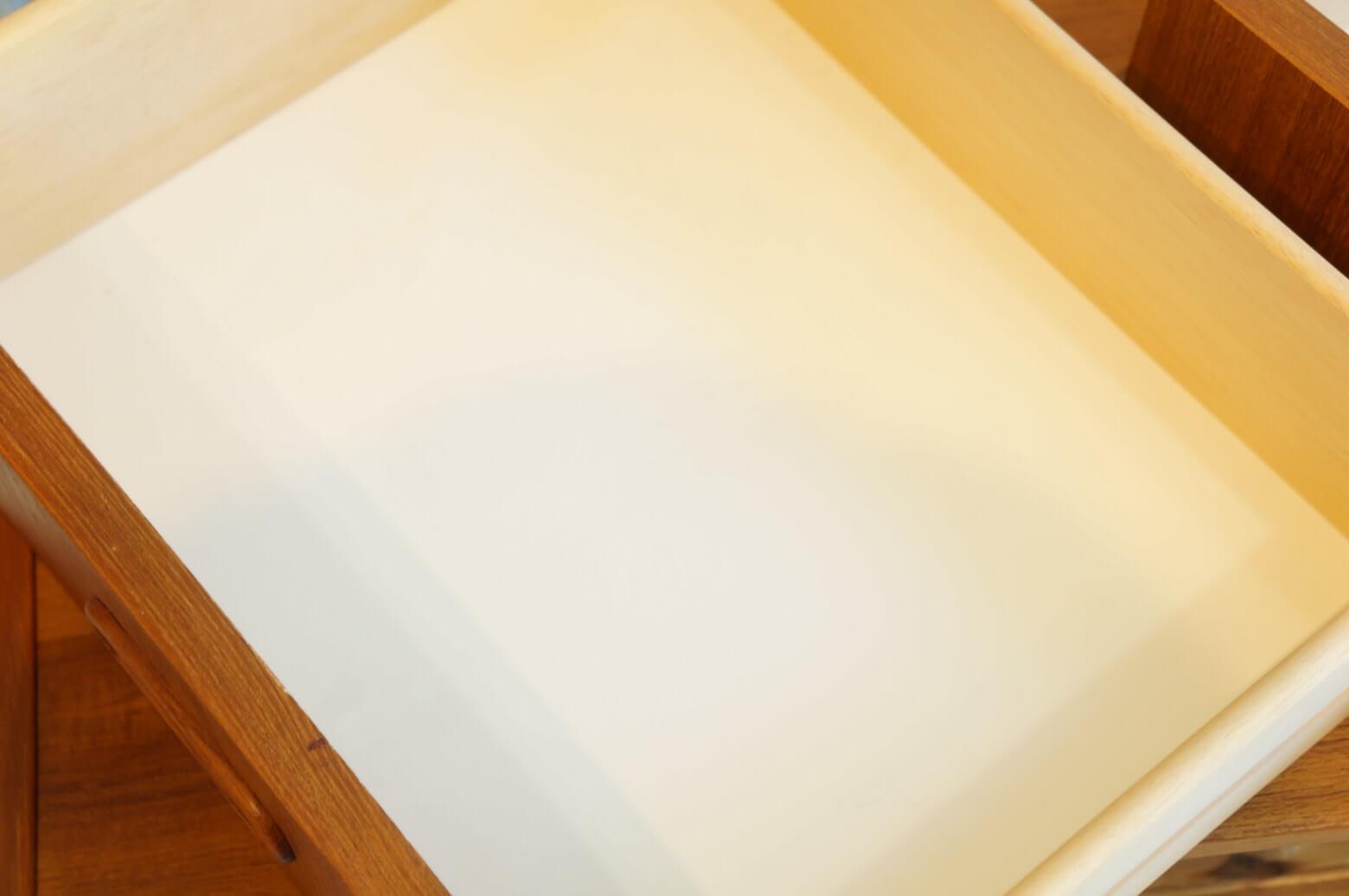 Scandinavian Vintage Small Side Board/北欧ヴィンテージ スモール サイドチェスト
