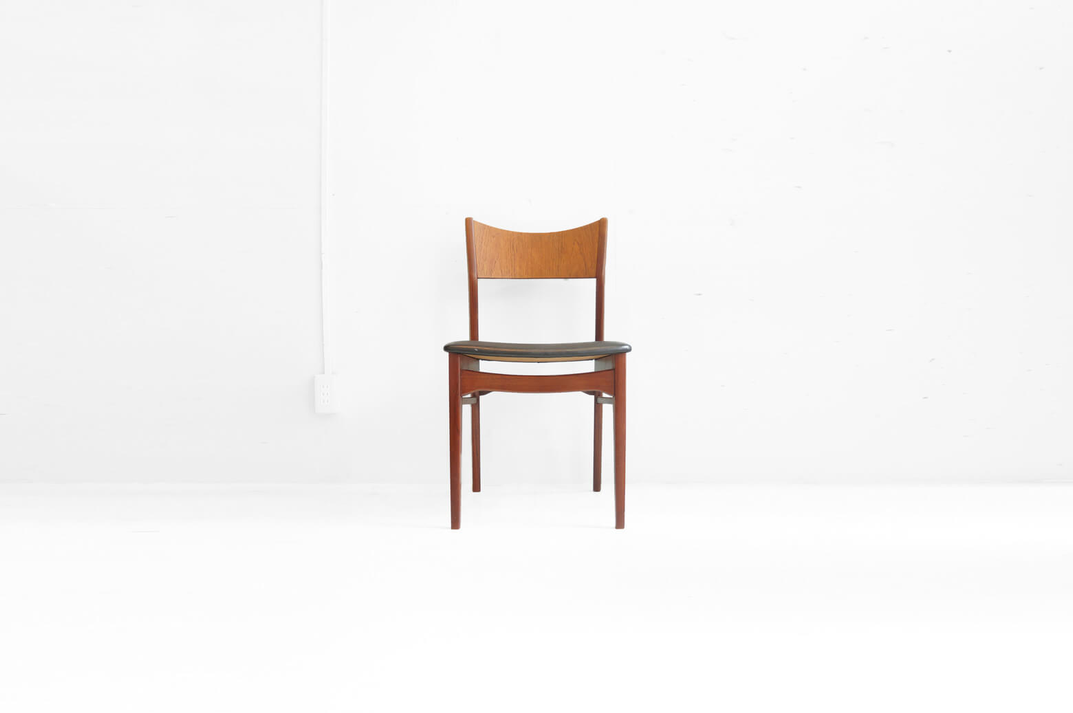 Danish Vintage Dining Chair/デンマークヴィンテージダイニングチェア