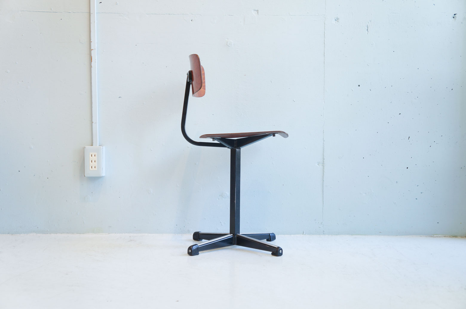 UK Vintage Kids Chair Industrial design/イギリス ヴィンテージ キッズ チェア インダストリアル デザイン 1