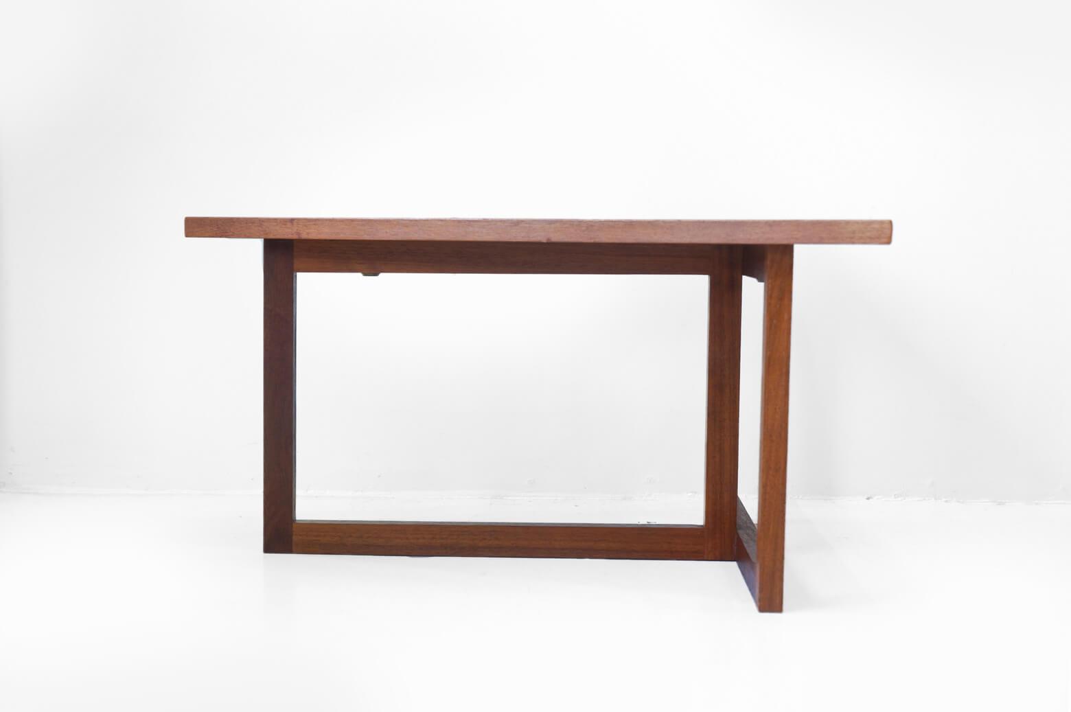 UK Vintage Teakwood Wedge Table/イギリス ヴィンテージ ウェッジテーブル