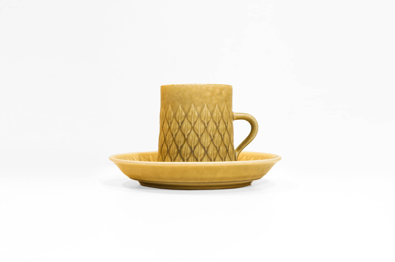 NISSEN RELIEF CUP and SAUCER / ニッセン レリーフ カップ アンド ソーサー 1