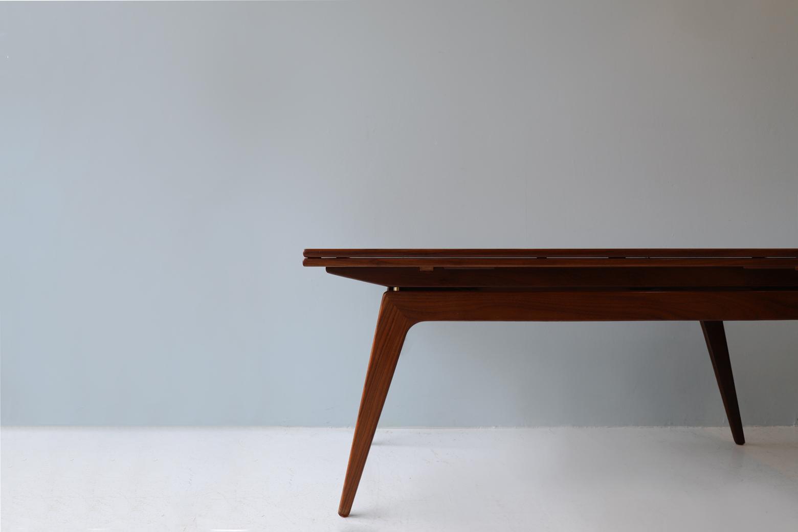 Danish Elevator Metamorphic Table