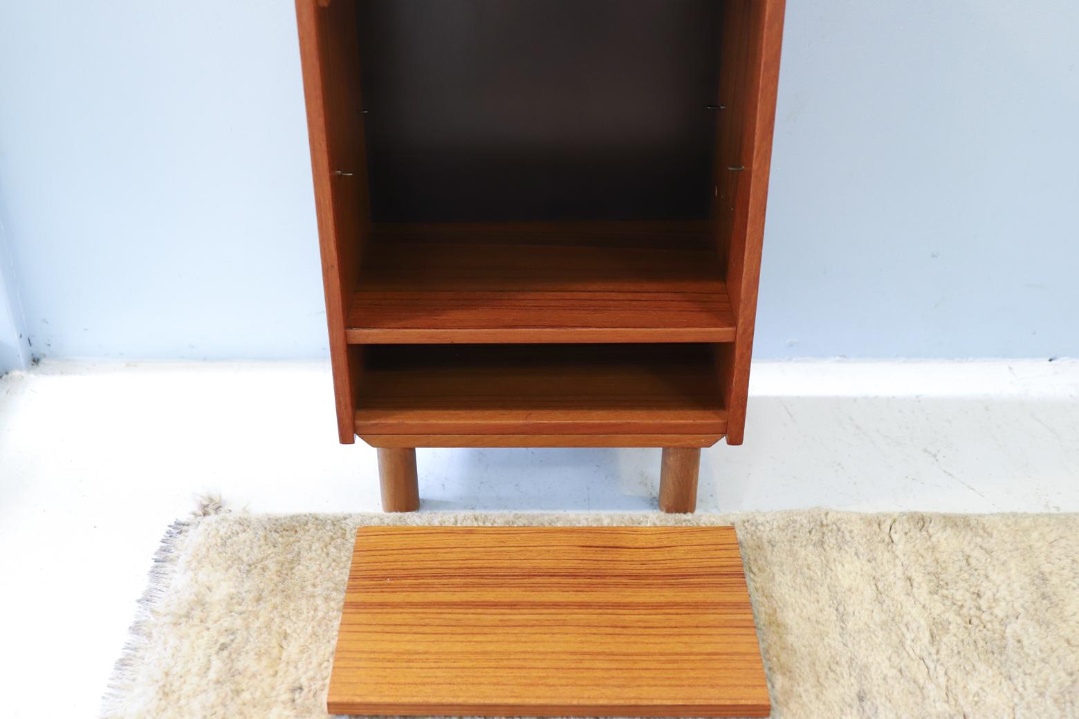 Danish Vintage Mini Shelf/デンマーク ヴィンテージ ミニ シェルフ ナイトテーブル 飾り棚 北欧家具