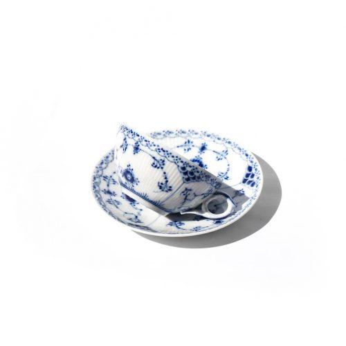 Royal Copenhagen Blue Fluted Half Lace Tea Cup and Saucer/ロイヤルコペンハーゲン ブルーフルーテッド ハーフレース ティーカップ&ソーサー 北欧食器 2