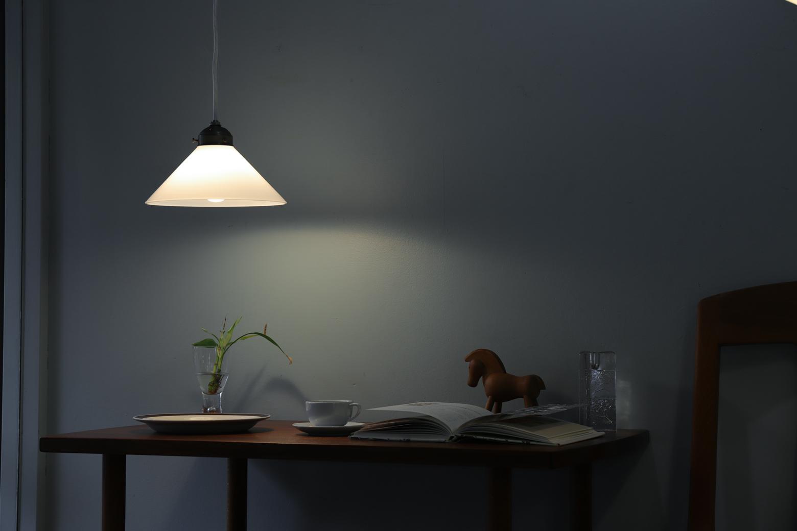 Antique Style Milk Glass Shade Pendant Light/ミルクガラス ペンダントライト レトロ 照明