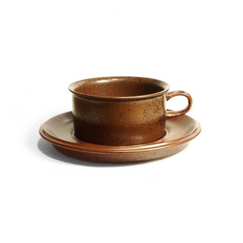 ARABIA Tea Cup and Saucer Ruska designed by Ulla Procope/アラビア ルスカ ティーカップ アンド ソーサー ウラ・プロコッペ 北欧ヴィンテージ食器 1