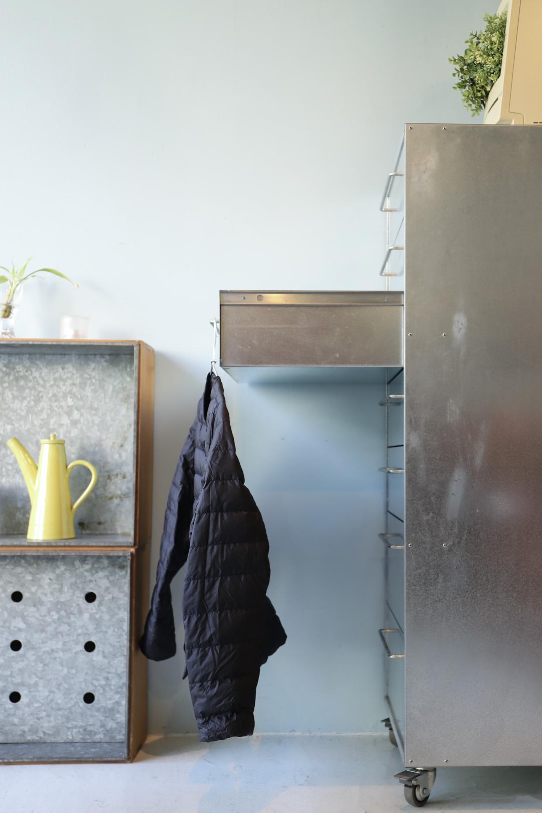Industrial Design Iron Cabinet/アイアン ブリキ キャビネット チェスト 収納家具 インダストリアルデザイン