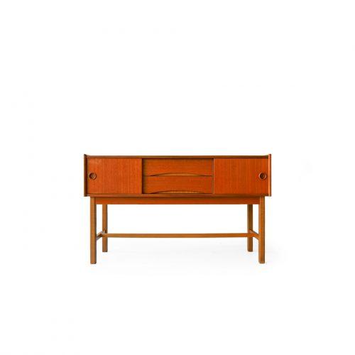スウェーデン ヴィンテージ ロイヤルボード スモールサイドボード テーブル チーク材 北欧家具/Swedish Vintage Royal Board Small Sideboard