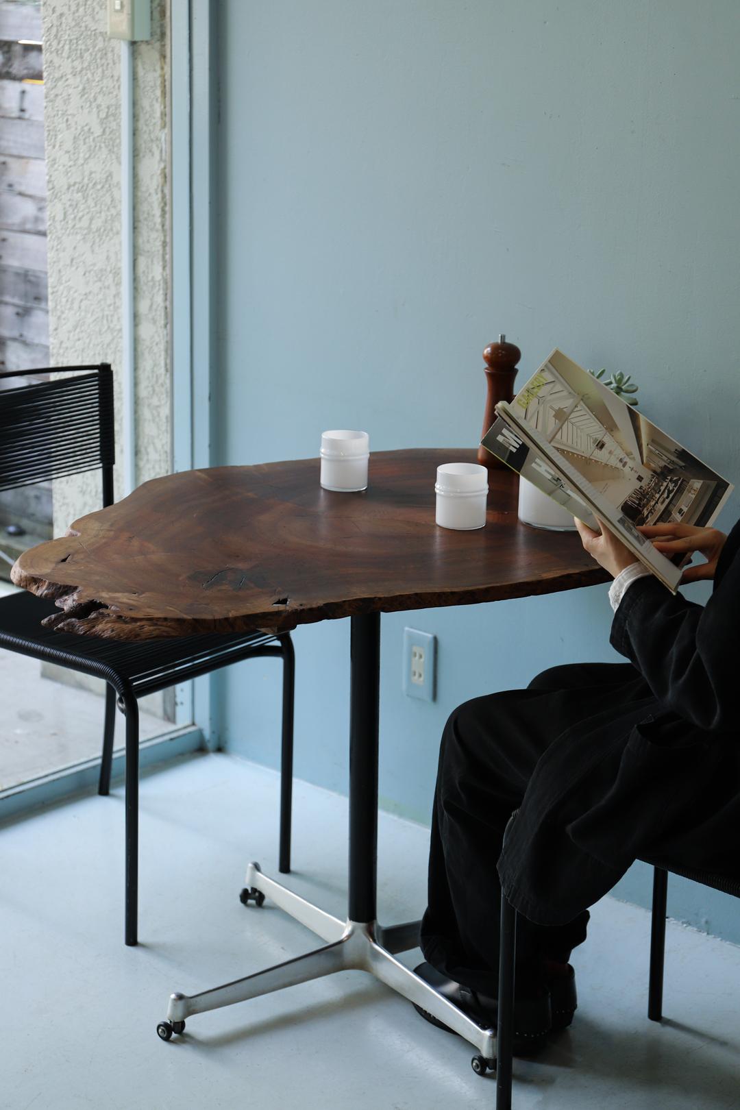 Vintage Live Edge Iron Leg Table/ヴィンテージ ライブエッジ 一枚板 アイアンレッグ テーブル デスク 作業台 机