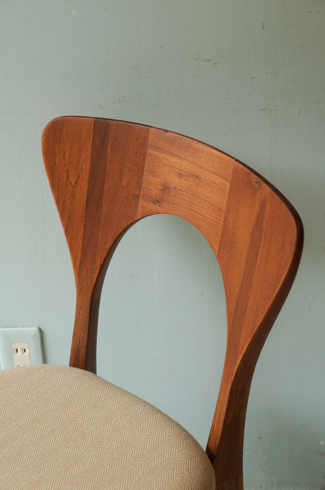Danish Vintage Dining Chair Peter by Niels Koefoed for KOEFOEDS HORNSLET/デンマーク ヴィンテージ ダイニングチェア ピーター ニールス・コフォード 椅子 北欧家具 チーク材 ベージュ