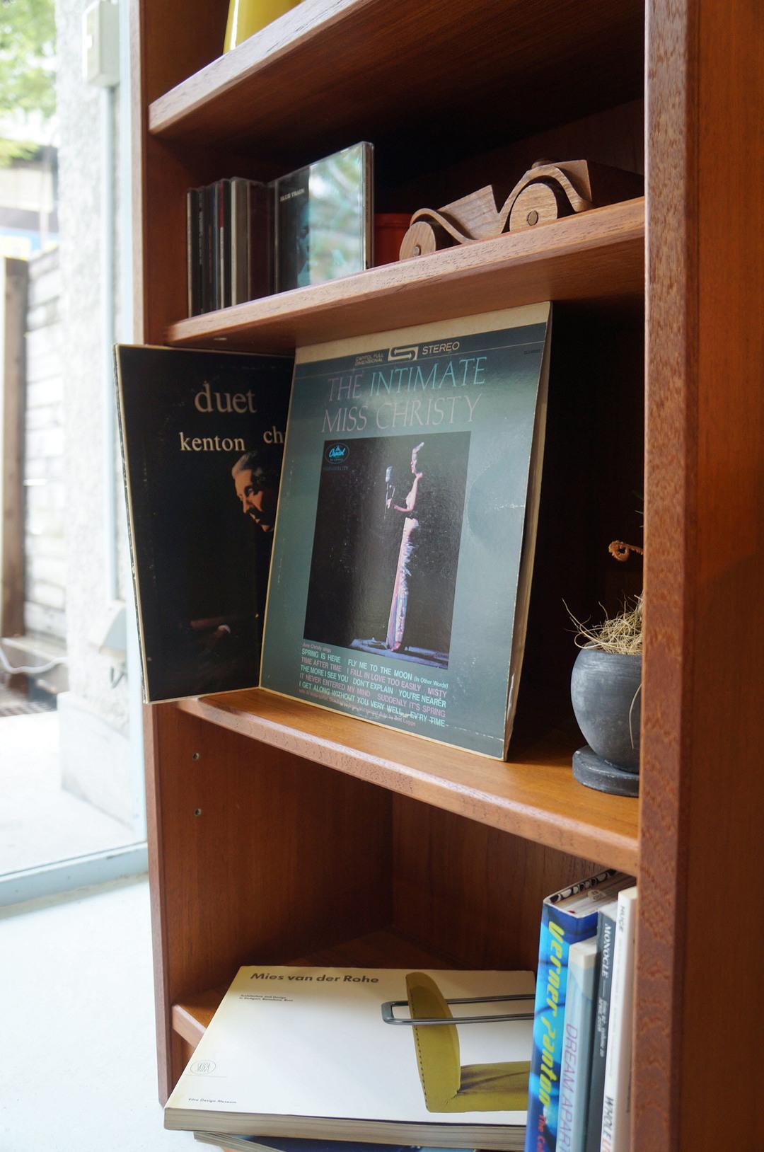 Japanese Vintage Teakwood Book Case/ジャパンヴィンテージ 本棚 チーク材 ブックシェルフ 収納 シンプルモダン スリム
