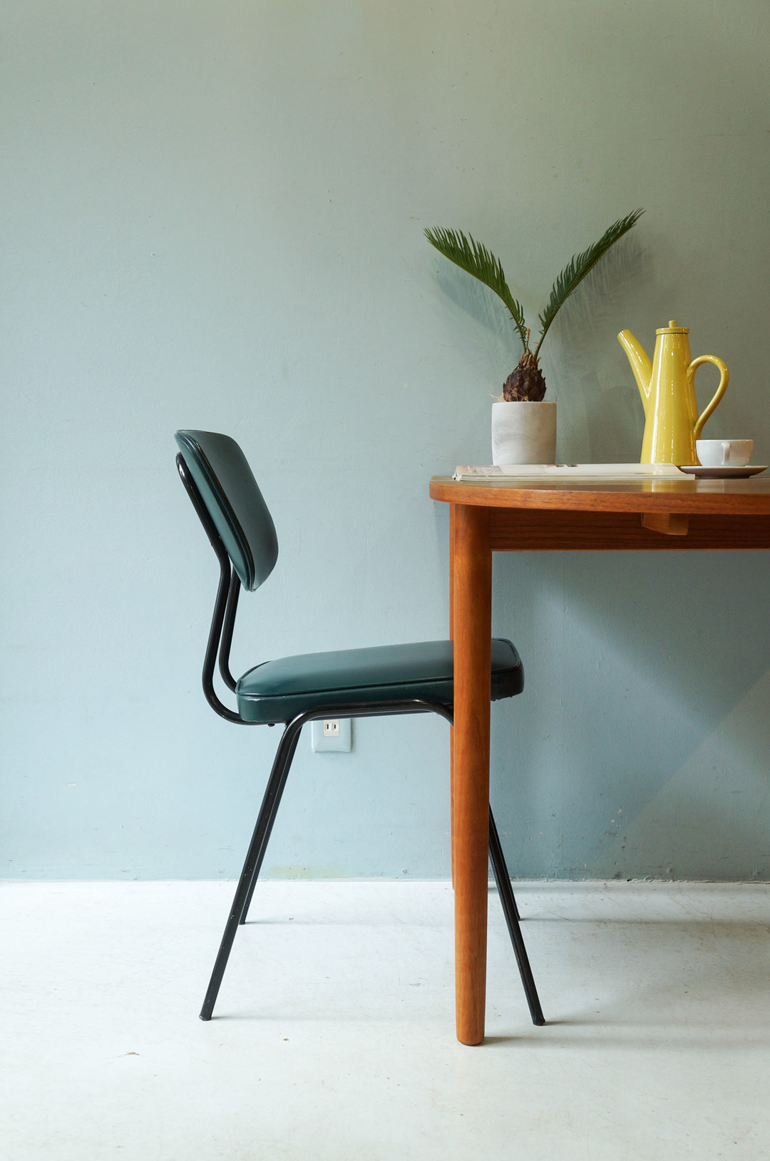 Dutch Vintage Dining Chair Steel Pipe x Vinyl Leather/オランダヴィンテージ ダイニングチェア スチール ビニールレザー 椅子 インダストリアル