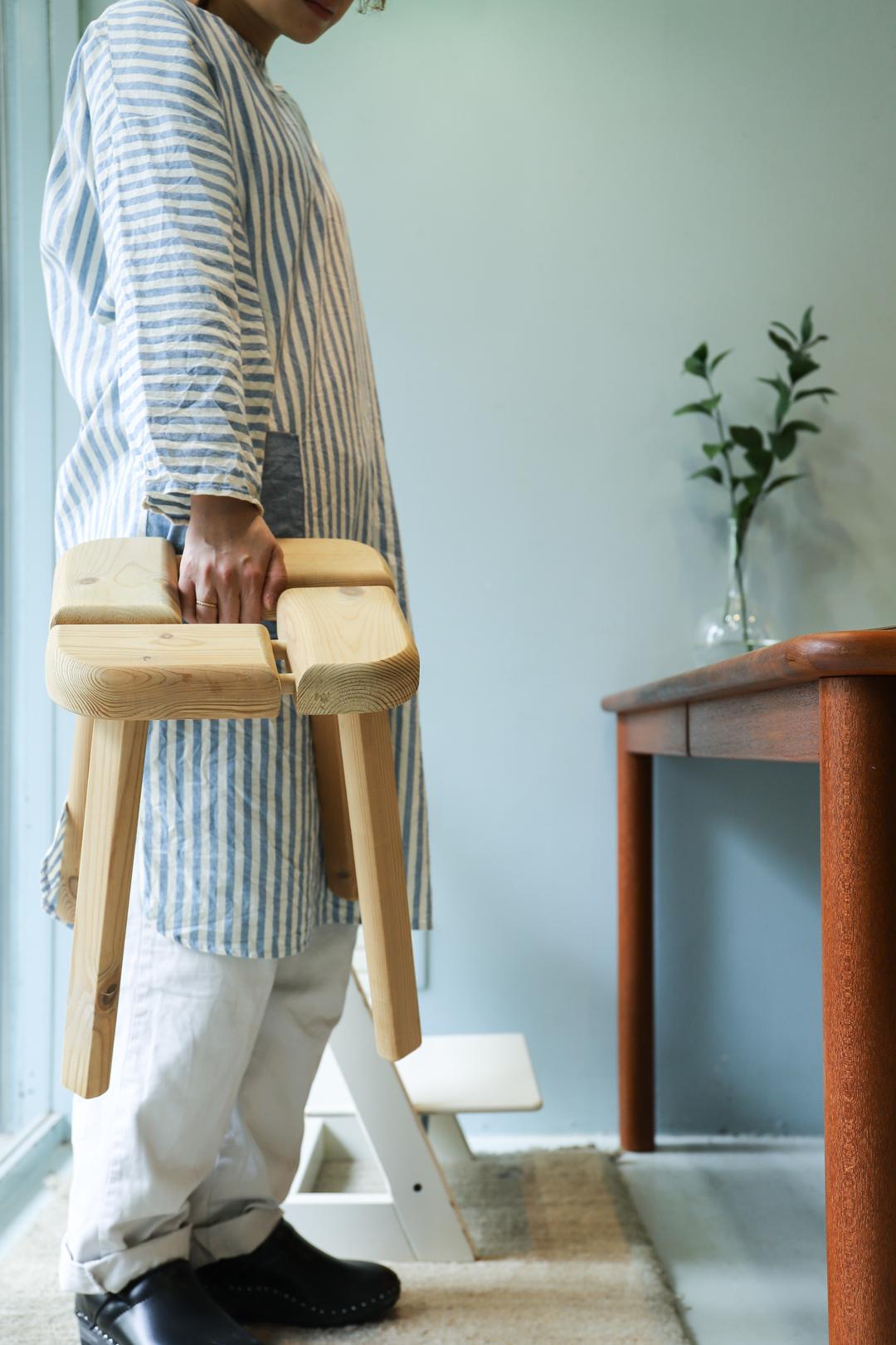 Finnish Vintage Pinewood Stool/フィンランド ヴィンテージ スツール 椅子 パイン材 北欧家具
